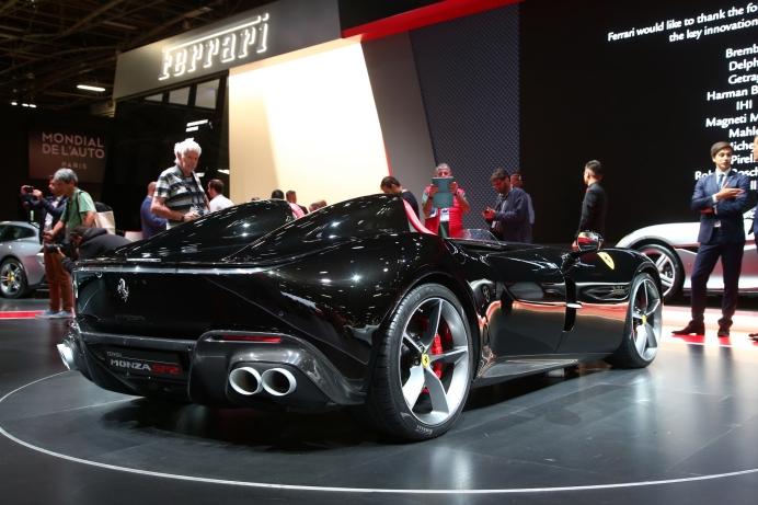 Ferrari-Monza-SP1&SP2-36